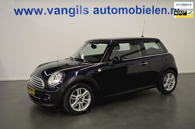 Mini Mini 1.6 Cooper D Business Line Navigatie
