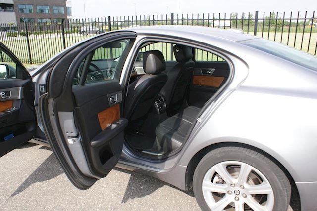 Jaguar XF occasion - Autobedrijf John van Melis B.V.