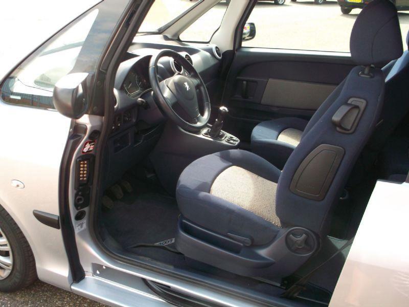 Peugeot 1007 occasion - Autohandel Bert Vis