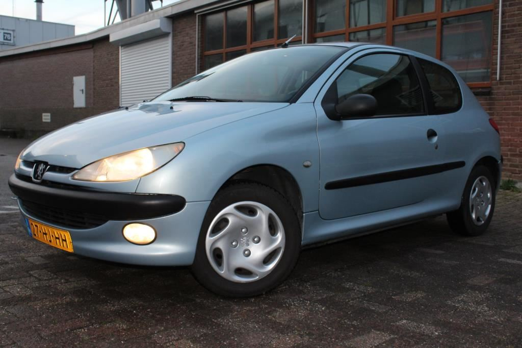 Peugeot 206 occasion - Wind Cars