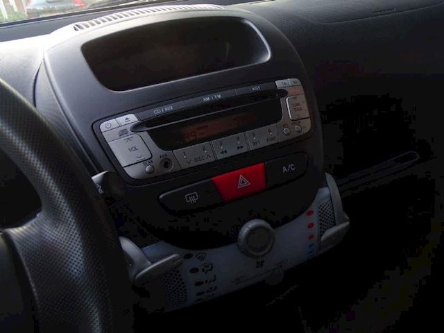 Peugeot 107 occasion - Autobedrijf van Gorkum