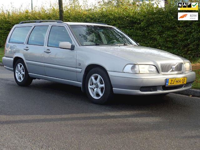 Volvo V70 2.5 Europa, automaat