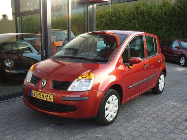 Renault Modus occasion - Rob Wolthuis Auto's