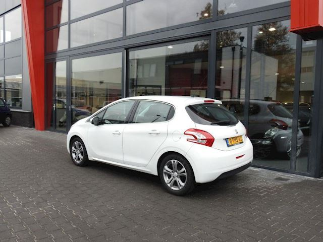 Peugeot 208 occasion - Rob Wolthuis Auto's