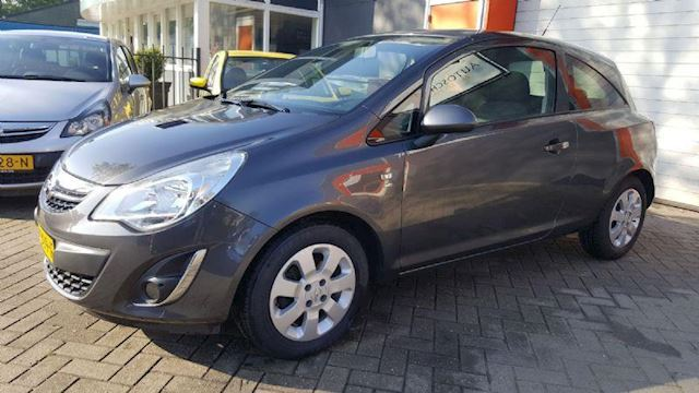 Opel Corsa 1.2 EcoFlex Selection satellite