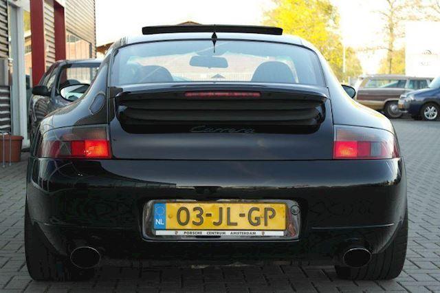 Porsche 911 3.6 Coupé Carrera #19