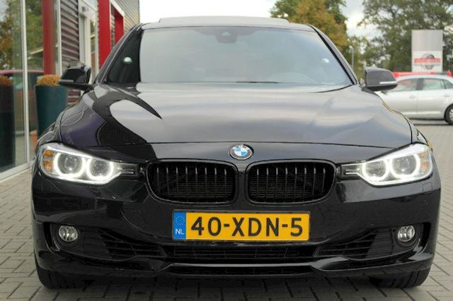BMW 3-serie 320i High Executive # M Sport pakket, LED, DAK, Head up