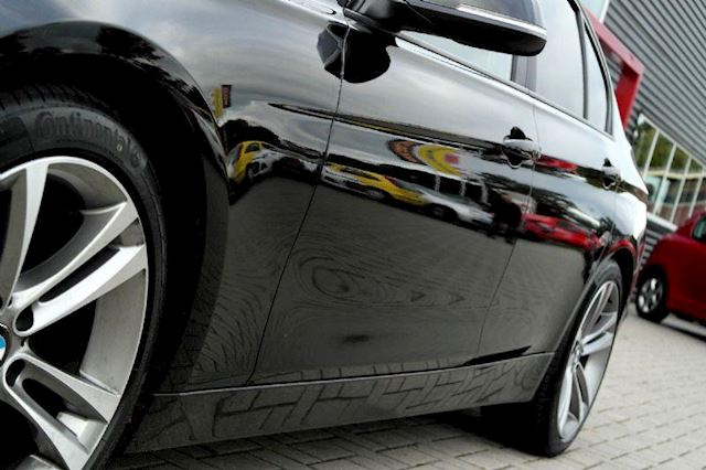BMW 3-serie 320i High Executive # M Sport pakket, LED, DAK, Head up