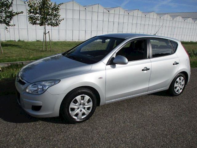 Hyundai i30 1.4i Active Cool 5 Drs