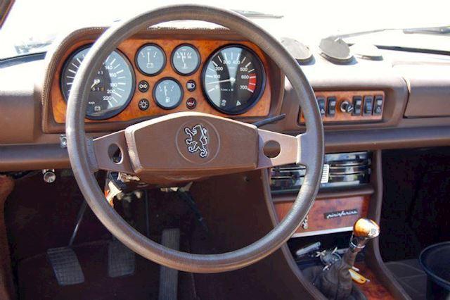 Peugeot 504 Cabriolet V6