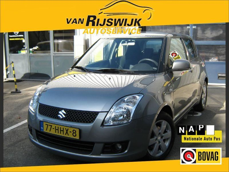 Suzuki Swift occasion - Van Rijswijk Autoservice