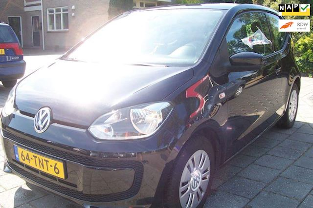Volkswagen Up! 1.0 BlueMotion Airco Navi. Zeer nette auto.