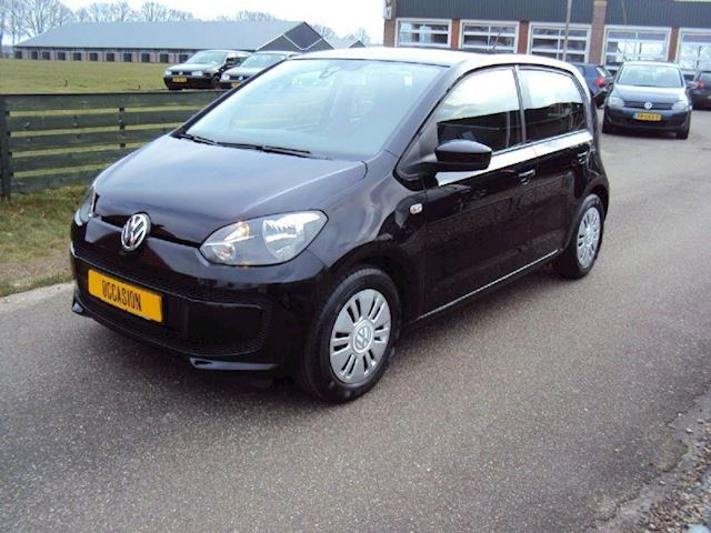 Volkswagen up! 1.0 move up 44kW airco, navi