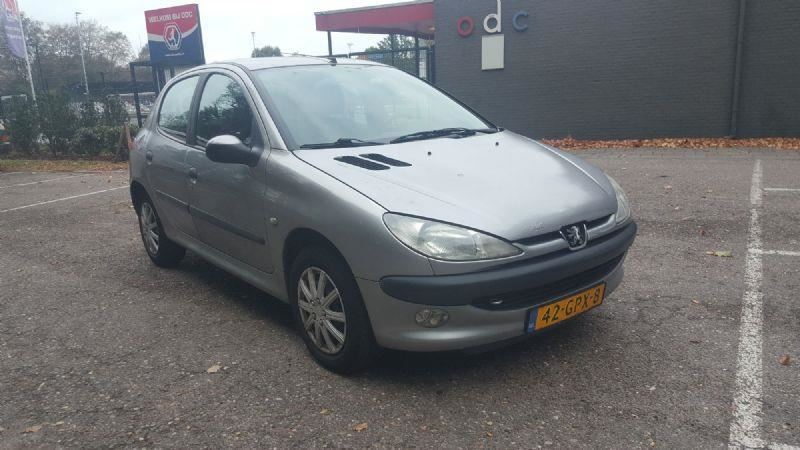 Peugeot 206 occasion - Trendy Cars