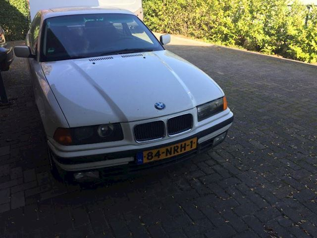 BMW 3-serie Coup Coup 325i