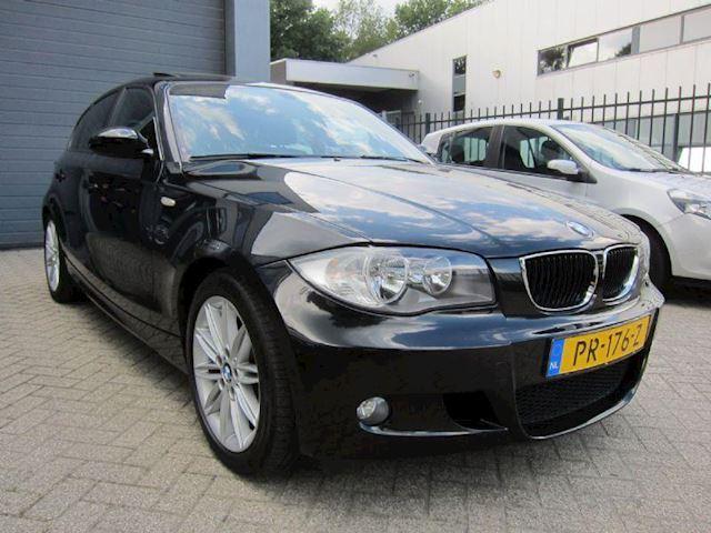 BMW 1-Serie 116i executive M PAKKET LEDER NAVI PDC SCH. DAK!!!