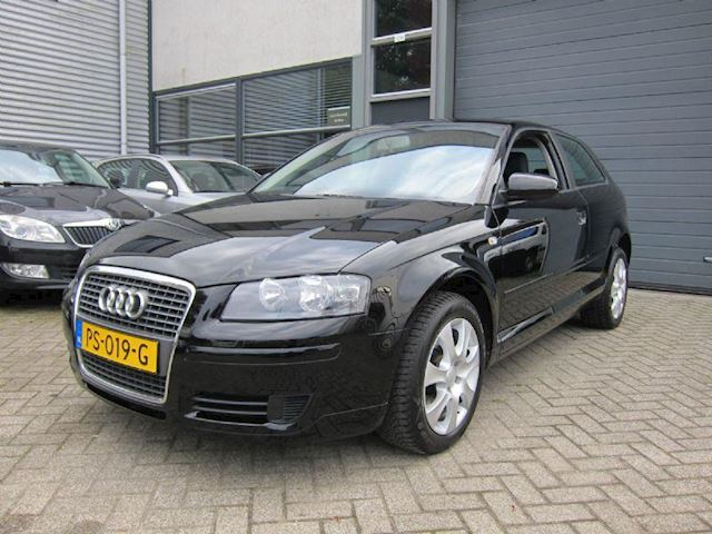 Audi A3 1.6 Attraction Pro Line CLIMA LMV NW APK ORG KM