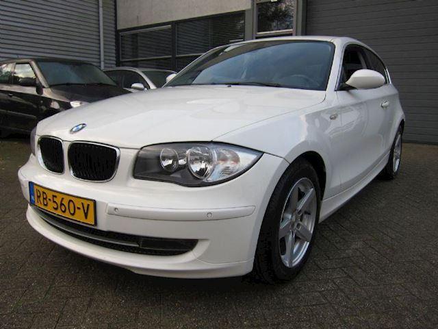 BMW 1-Serie 118d  1 serie NAVI PDC vA CRUISE 110000 KM