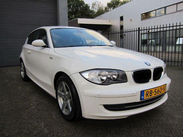 BMW 1-Serie 118d  1 serie NAVI PDC v+A CRUISE 110000 KM!!
