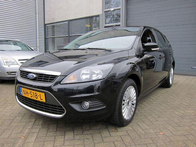Ford Focus 1.6-16V Titanium CLIMA NAVI LMV 5 DRS ZWART