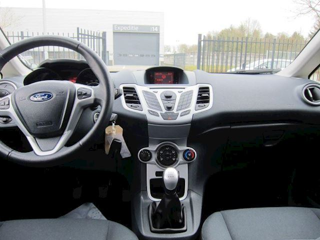 Ford Fiesta 1.6 TDCi ECOnetic AIRCO CRUISE ORG NL NW APK 5 DRS!!