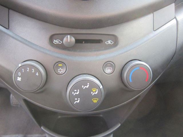Chevrolet Spark 1.0 lt 5 DEURS AIRCO 2012 NW APK 53000 KM !!