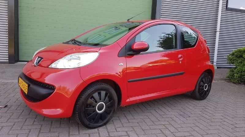 Peugeot 107 occasion - Car Trade Nass
