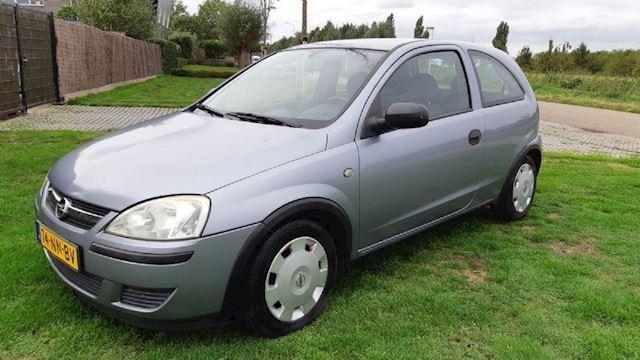 Opel Corsa 1.0-12V Essentia