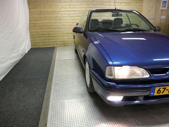 Renault 19 Cabriolet 1.8 RSi occasion - Auto-Podium