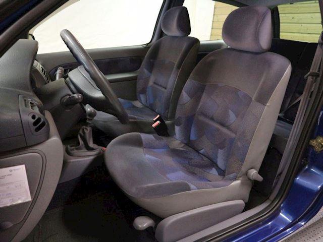 Renault Clio RN 1.4 occasion - Auto-Podium