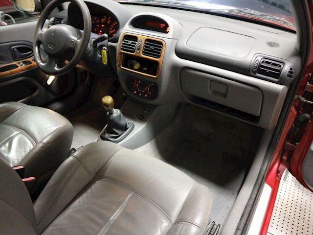 Renault Clio Initiale 1.6 16V occasion - Auto-Podium