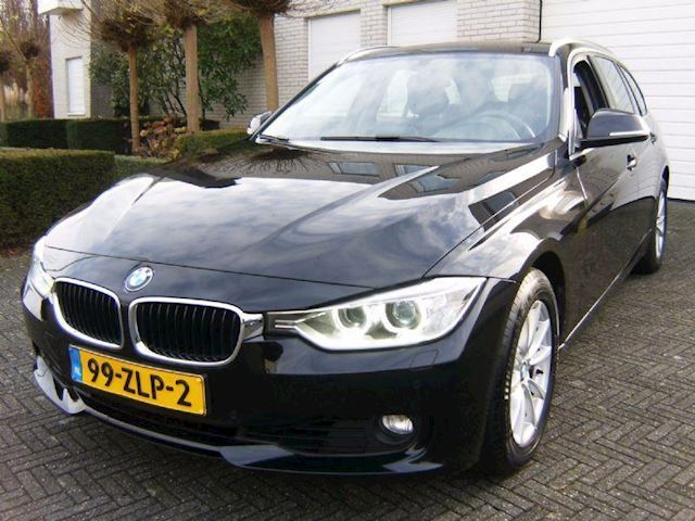 BMW 3-serie Touring 320i High Executive Automaat Navi Leder Xenon 1e Eigenaar
