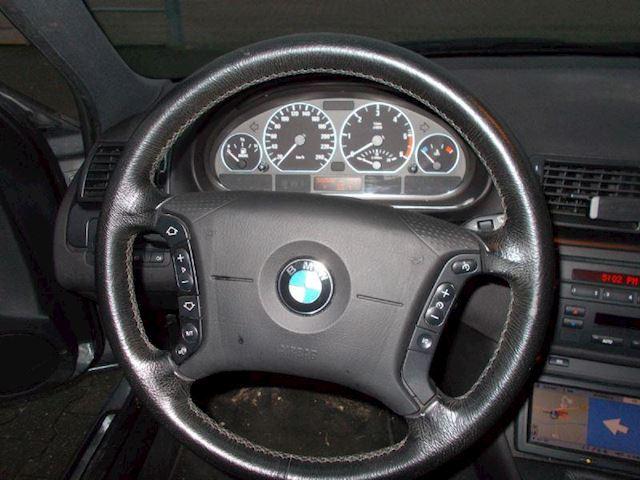 BMW 3-serie TOURING 320d EDITION LEER-NAVI-AIRCO -TREKHAAK
