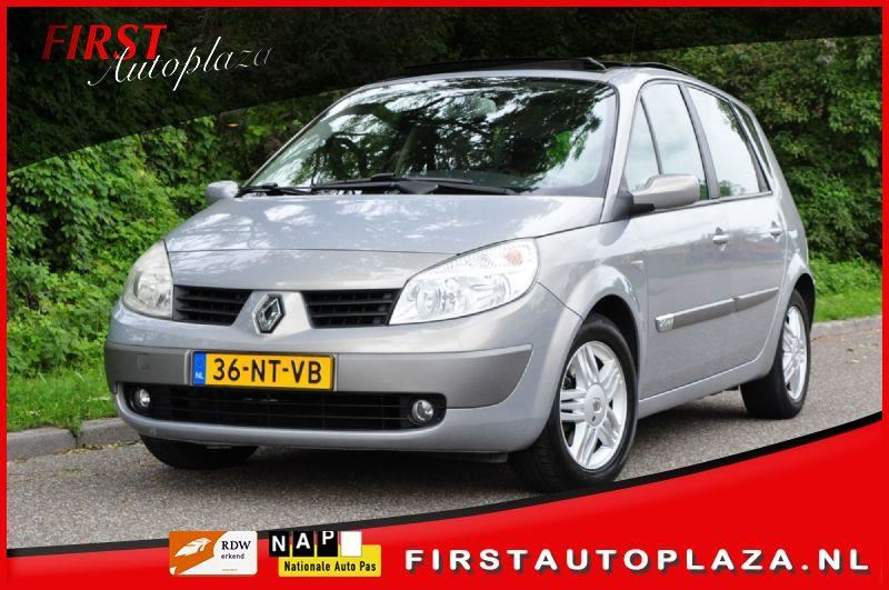 Renault Scenic occasion - FIRST Autoplaza B.V.