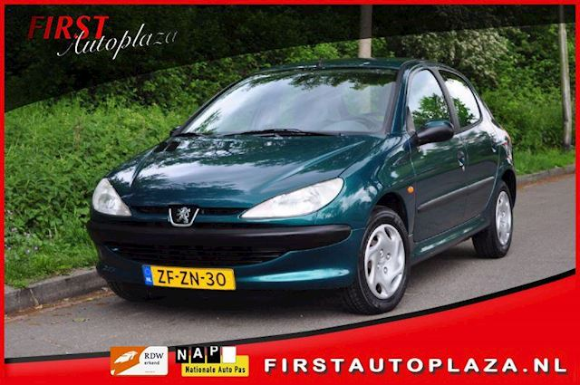 Peugeot 206 occasion - FIRST Autoplaza B.V.