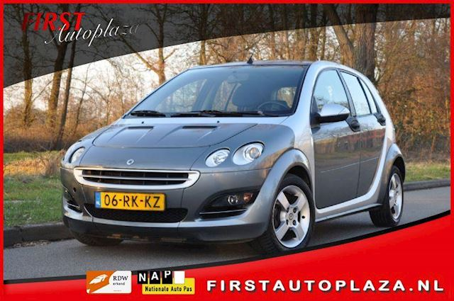 Smart Forfour occasion - FIRST Autoplaza B.V.