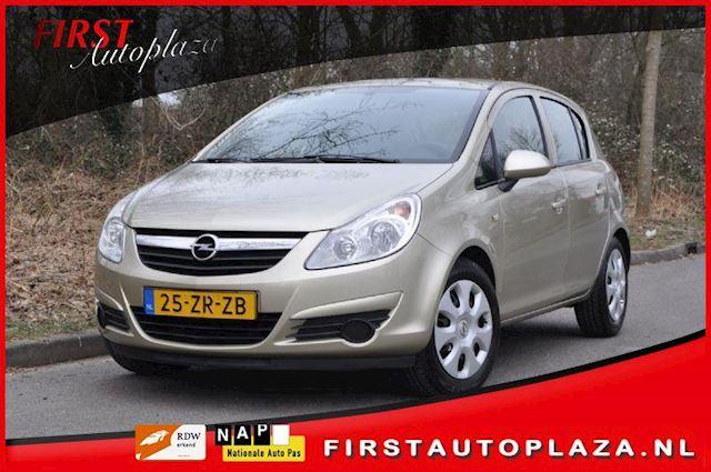 Opel Corsa occasion - FIRST Autoplaza B.V.