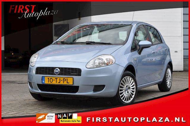 Fiat Grande Punto occasion - FIRST Autoplaza B.V.