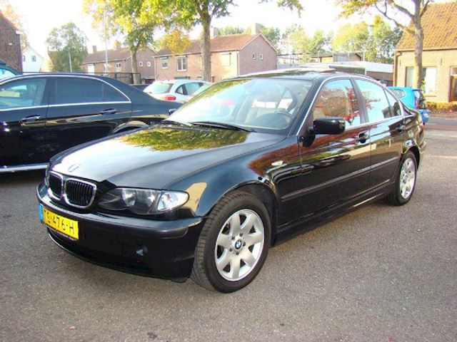 BMW 3-serie 320i special edition aut5
