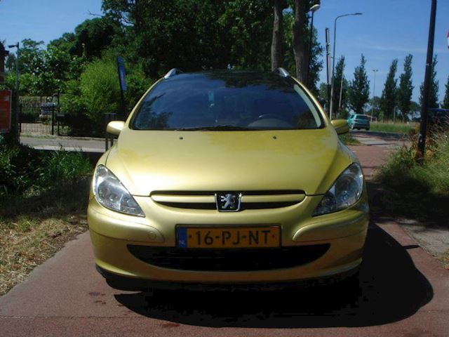 Peugeot 307 1.6 16v navtech Met nieuwe Apk