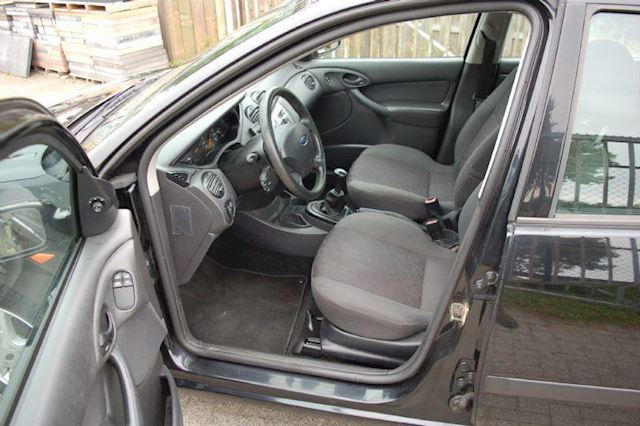 Ford Focus 1.6  16v Cool Edition 5drs APK tot 08-03-2003