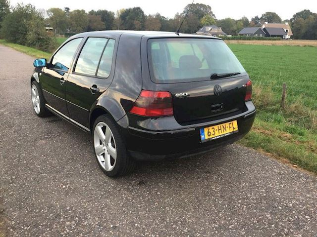 Volkswagen Golf 1.9 TDI Highline 130pk 6 bak