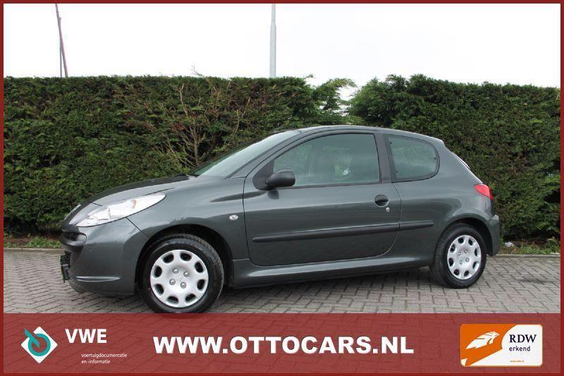 Peugeot 206 occasion - Autobedrijf Otto VOF