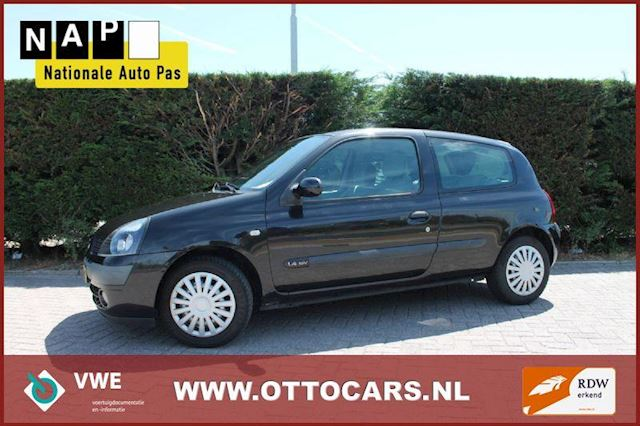 Renault Clio 1.6 16v automaat