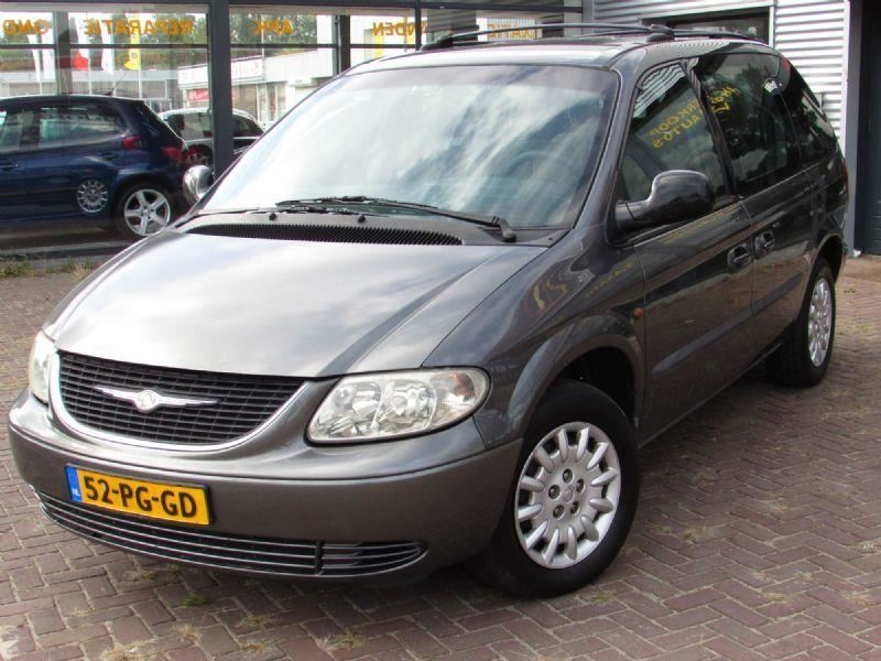 Chrysler Voyager occasion - D&M Cars