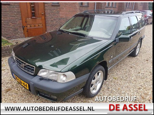 Volvo V70 XC 2.5 T AWD Luxury defect !!!
