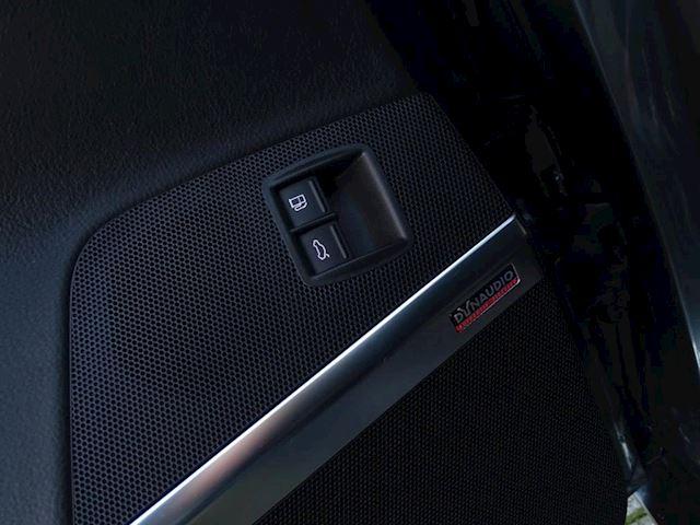 Volkswagen CC occasion - Autobedrijf van Gorkum