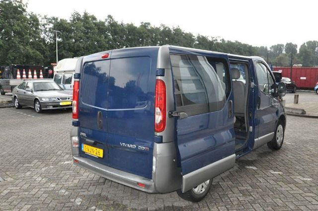 Opel Vivaro 2.0cdti l1h1 Dubbel C 2700 gvw 84kW tecshift aut