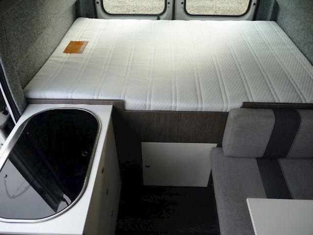 Camper Citroen 2.8HDi Globevan VOORBEELD