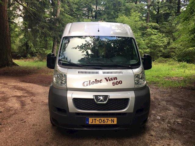 Camper GlobeVan 600LB 3.0 160pk, ENKELE BEDDEN